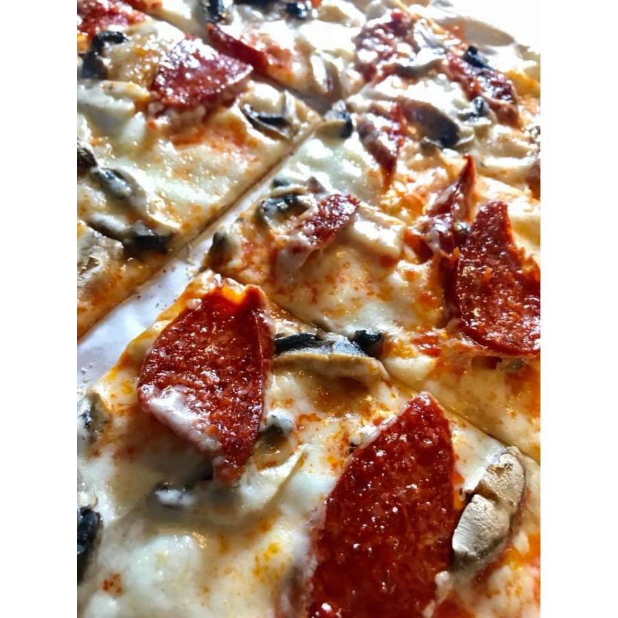 Lepeny (cienka węgierska pizza)